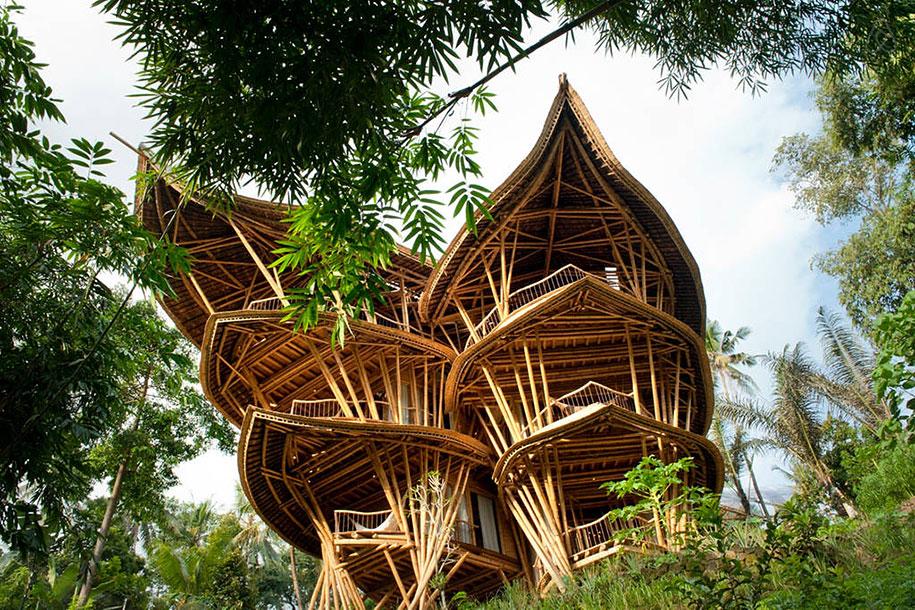 Bamboo House door Elora Hardy staat op Bali, Indonesië