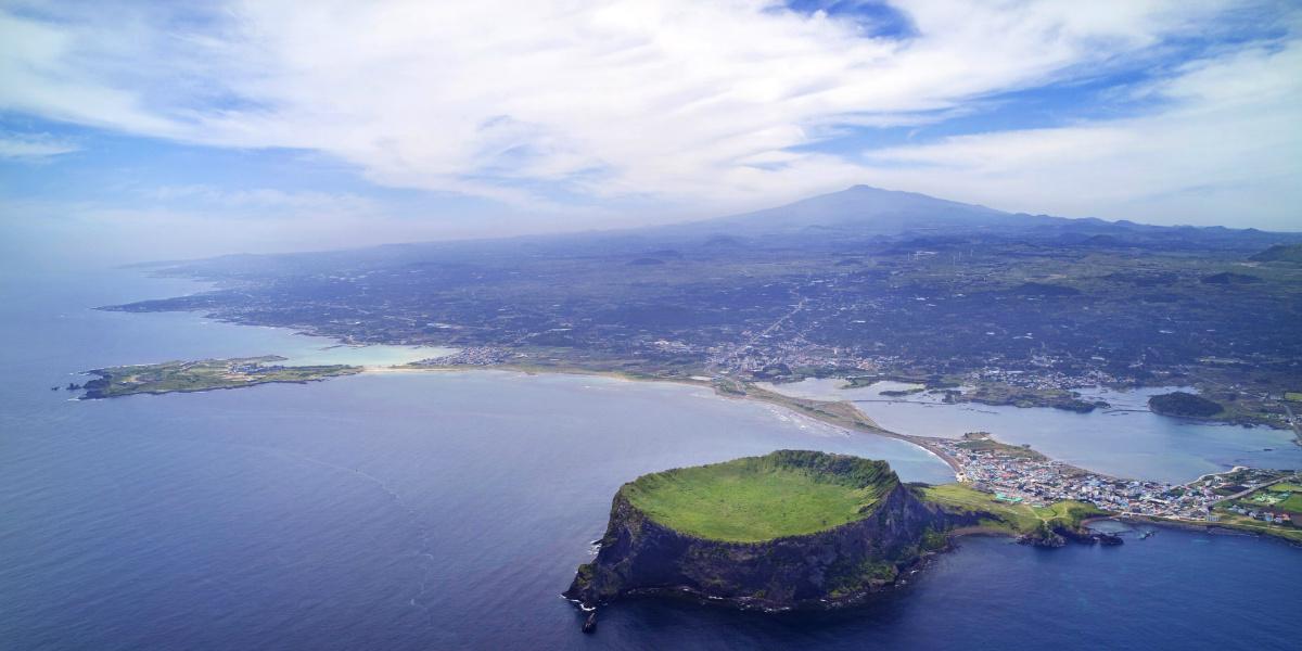 Jeju island wil het eerste carbon-free eiland worden (foto: Nature new7wonders)