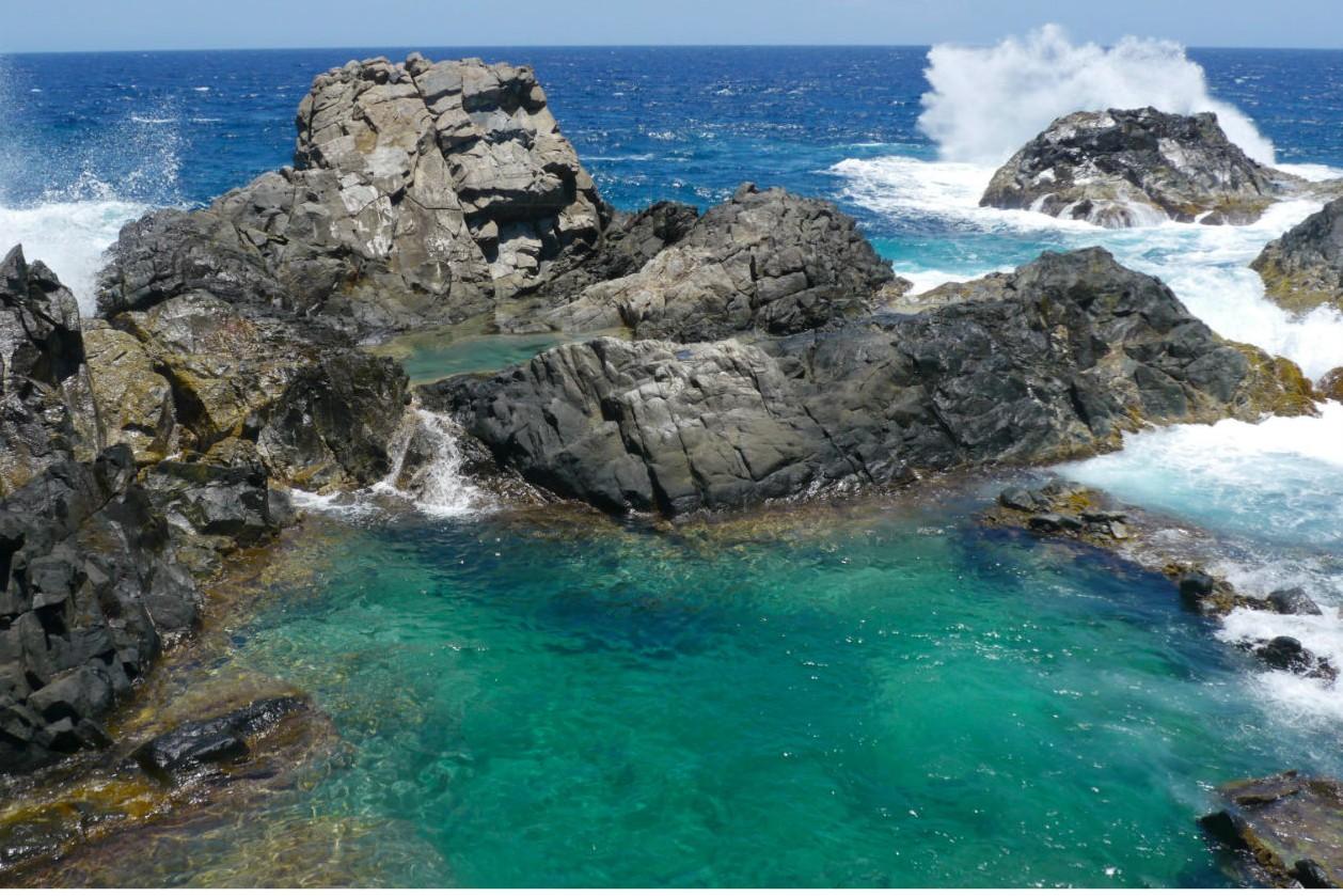 De 5 mooiste natuurlijke zwembaden ter wereld - Natural Pool op Aruba